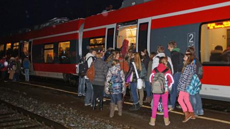 Bahn: Volle Züge in Zapfendorf, Januar 2013