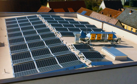 Inbetriebnahme Photovoltaik Bürgerhaus 2014 (2)