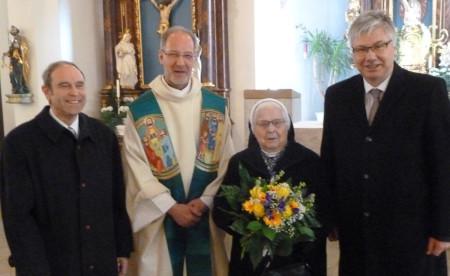 90. Geburtstag Schwester Helene Kemmern 2015 (2)