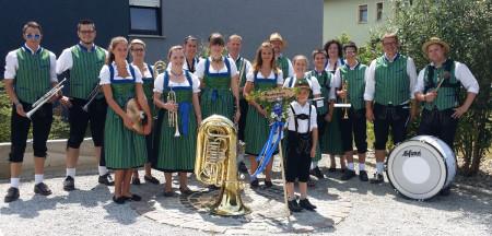 Musikverein Breitengüßbach Tracht 2015